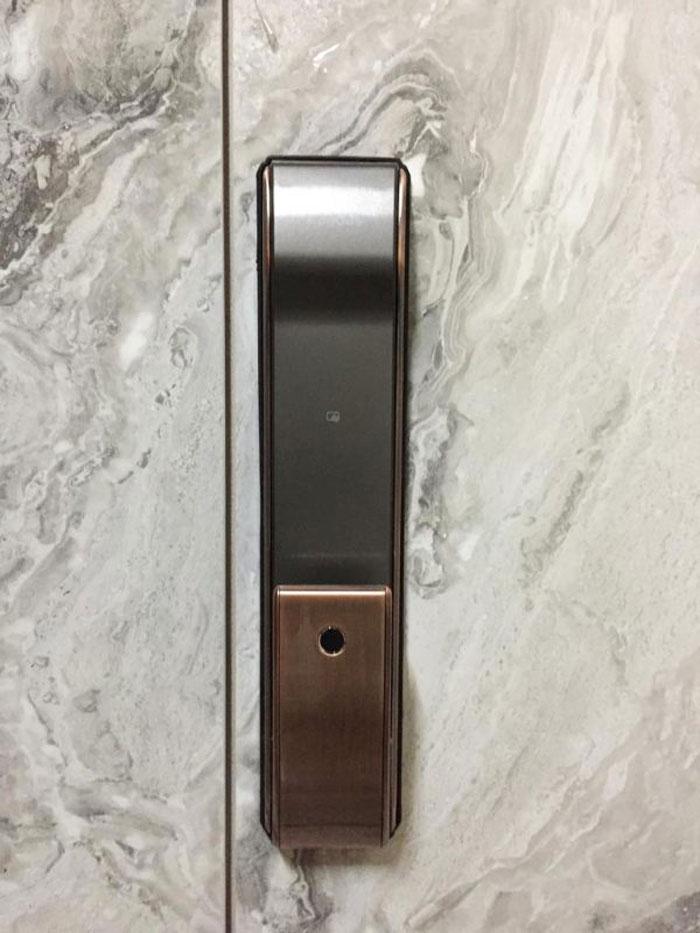 Đánh giá tính năng khóa cửa vân tay Kitos KT-P830 và Kaadas K9