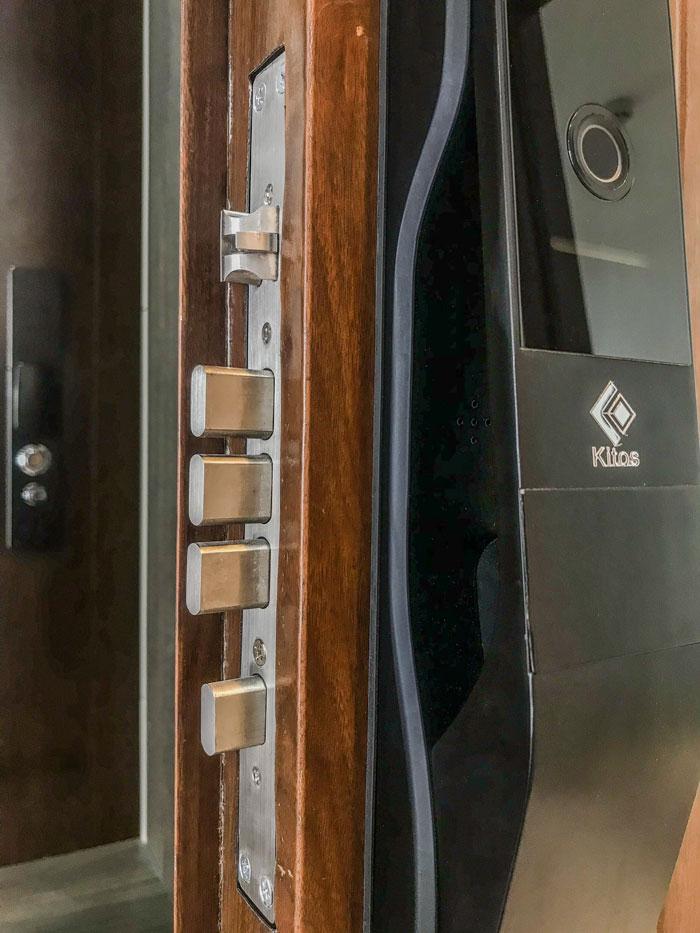 Cấu tạo chi tiết một bộ khóa cửa điện tử Kitos
