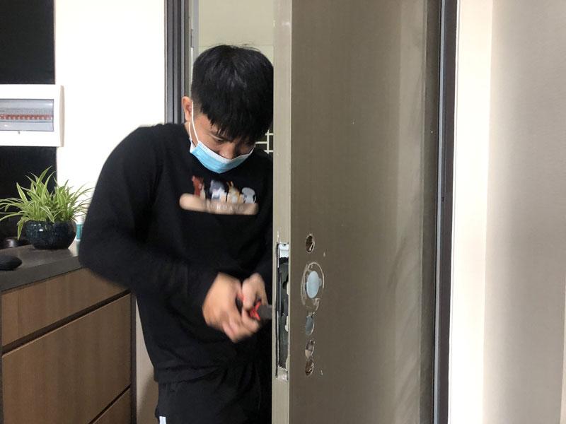 khóa cửa vân tay mã số tại Nha Trang uy tín chất lượng