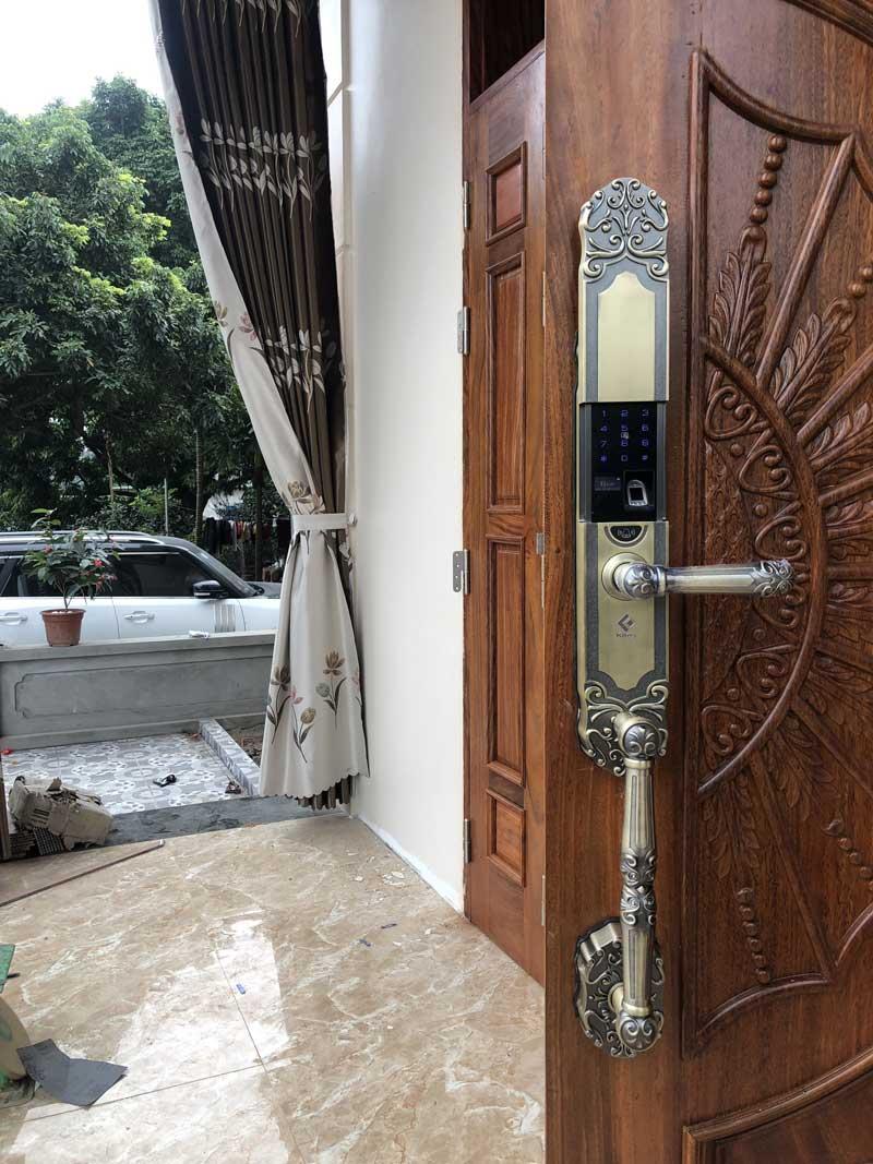 Dịch vụ lắp đặt khóa cửa vân tay tại Việt Trì Phú Thọ